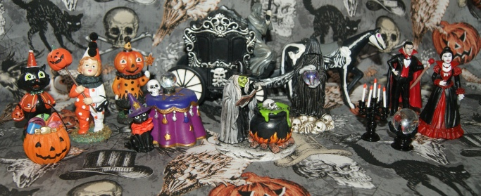 Tiny Treasures Michael's Halloween Miniatures Miniature Figures Village Accessories